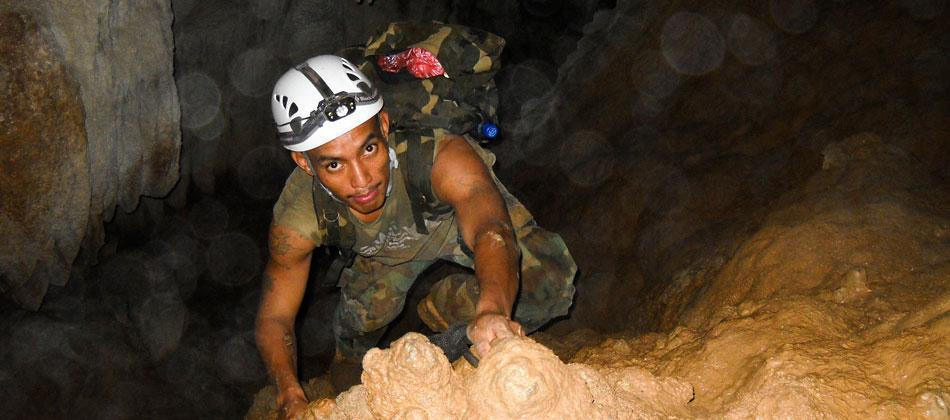 Extreme Cave Spelunking Package