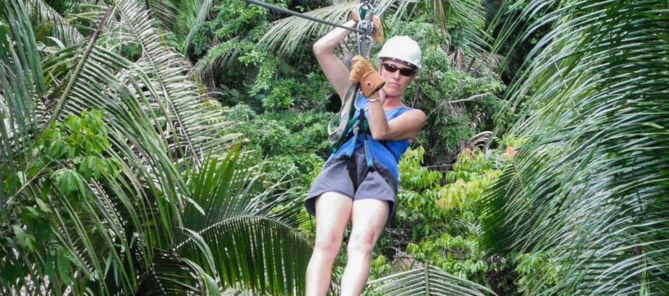 Belize-Ziplining