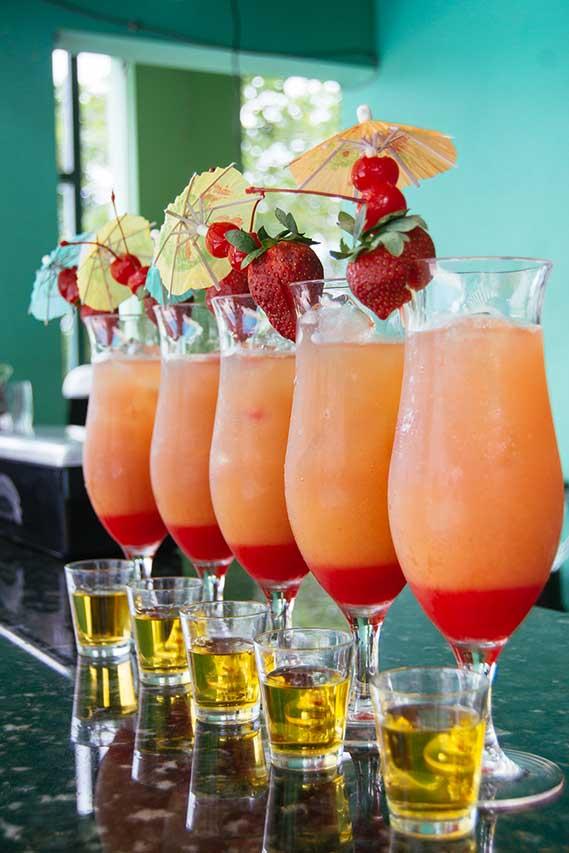Rumors-Welcome-Drinks-&-Rum-Shots