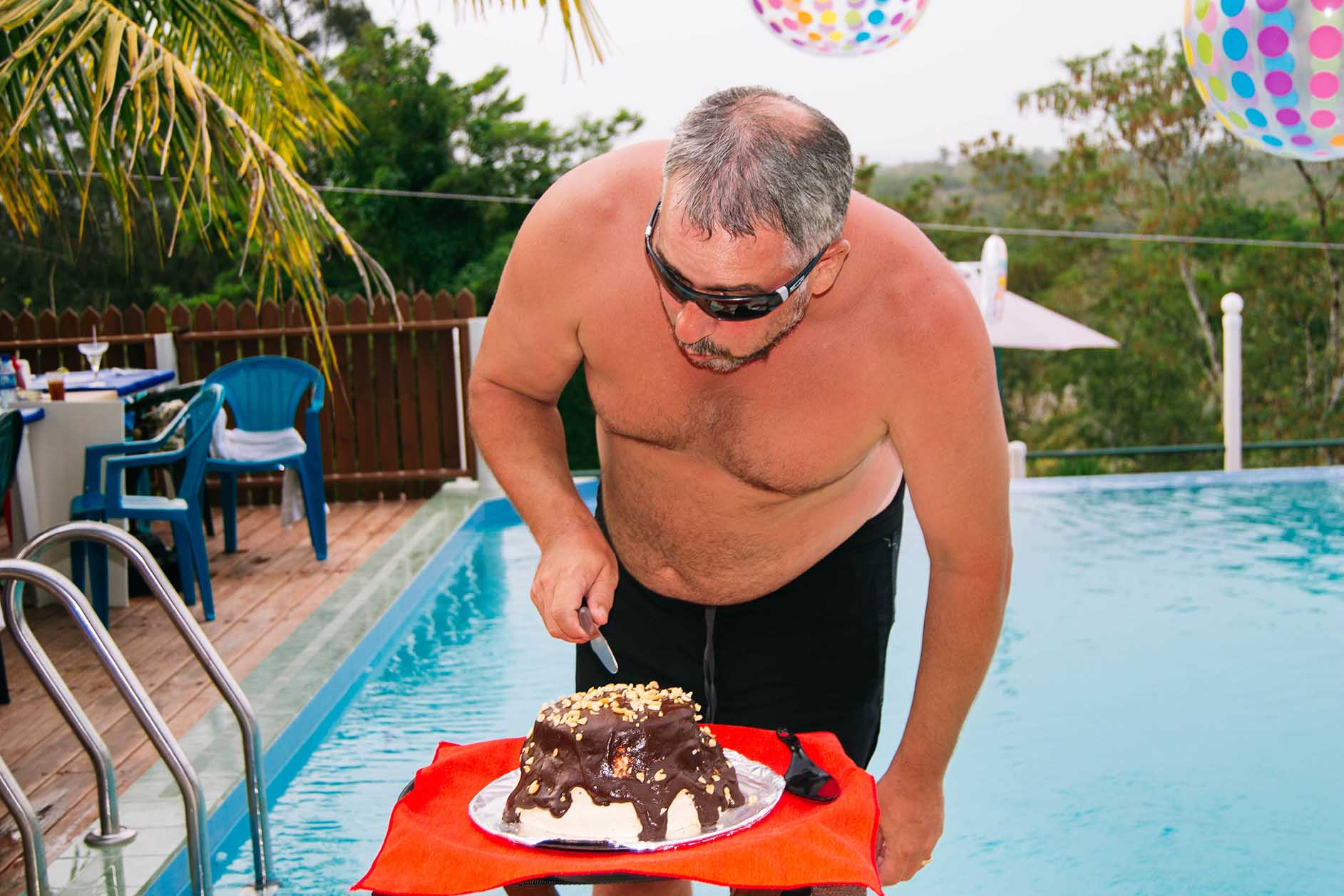 Guest-celebrating-his-birthday-at-the-pool
