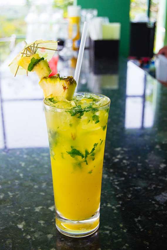 Pineapple-Mojito